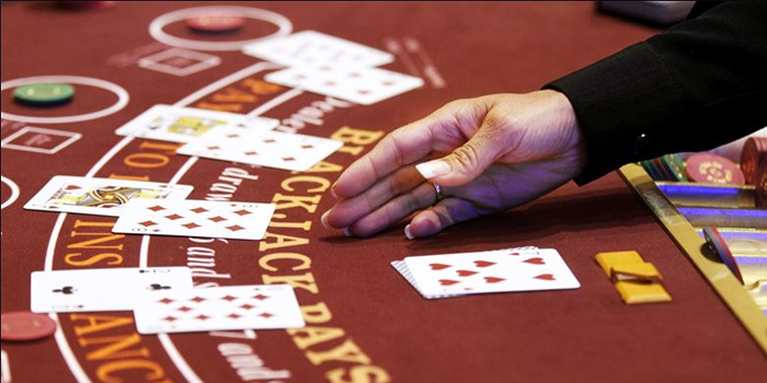 Keep card counting system simple and beat the casino!
