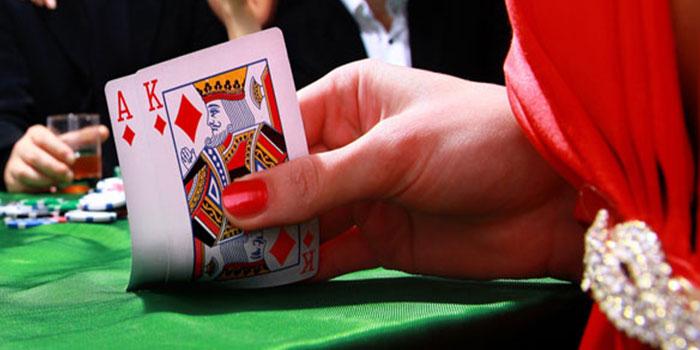 Blackjack dealers cheat