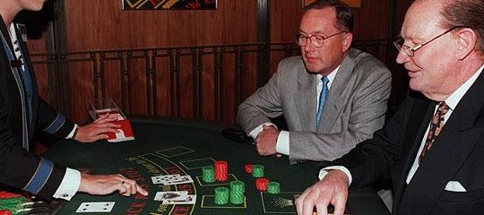 Lloyd Williams and  at a blackjack table at Crown Casino